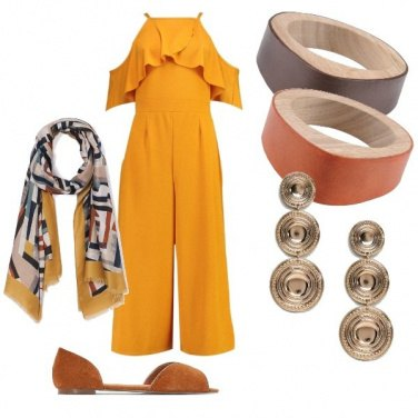 Outfit Il foulard tra i capelli