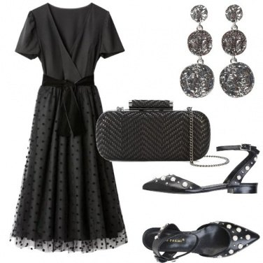 Outfit Pois in total black