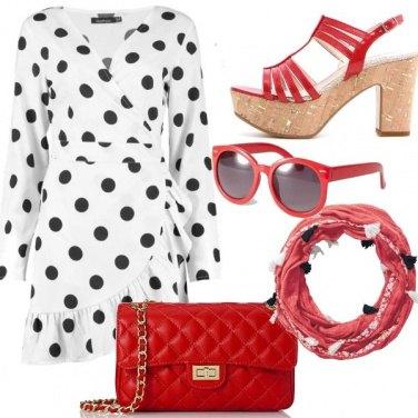 Outfit Pois e colore a contrasto