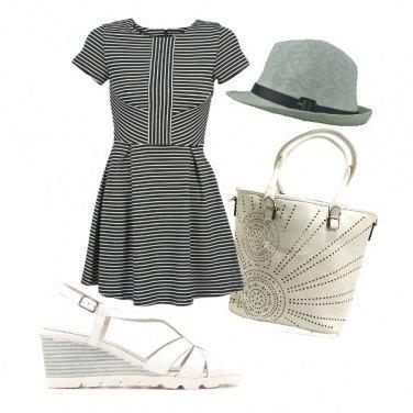Outfit La borsa in eco pelle