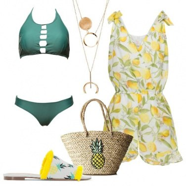 Outfit Una playsuit per il mare