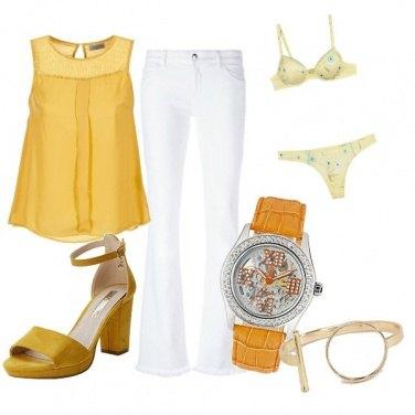 Outfit Tocco di giallo sole