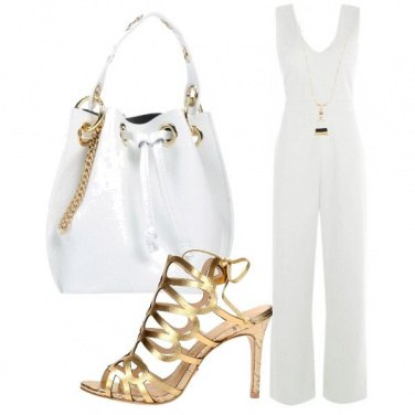 Outfit Gold power as white
