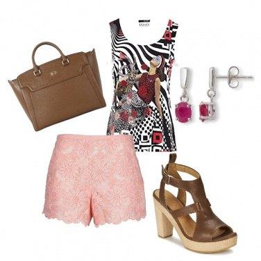 Outfit Il pantaloncino rosa