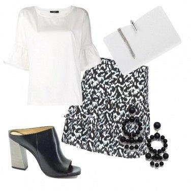 Outfit La gonna bianca e nera