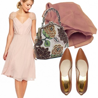 Outfit Longuette rosa in pizzo