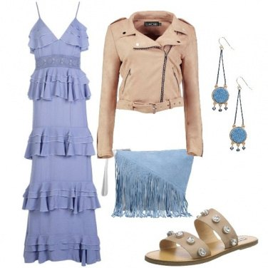 Outfit Etnico con tonalità delicate