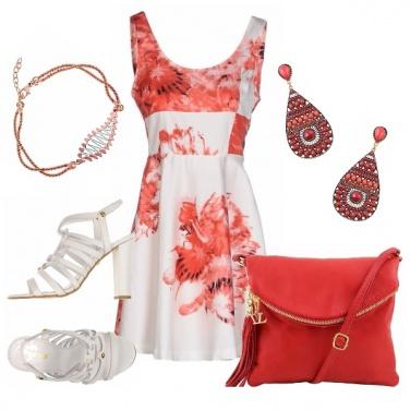 Outfit Corallo e bianco