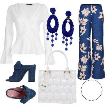 Outfit Bianco e blu per l'ufficio