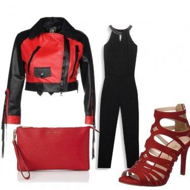Outfit Biker nero e rosso
