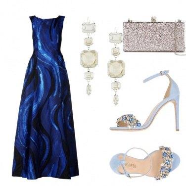 Outfit In blu al festival di Cannes