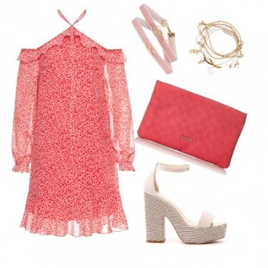 Outfit Strawberry field