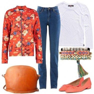 Outfit Arancione e fiori