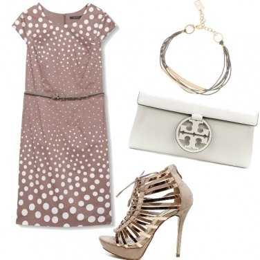 Outfit Pois e sandalo gioiello