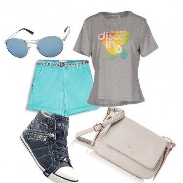 Outfit Pantaloncino celeste