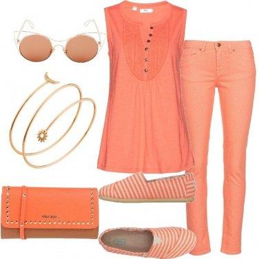 Outfit Sfumature d\'albicocca