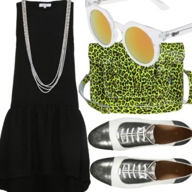 Outfit Silver Neon
