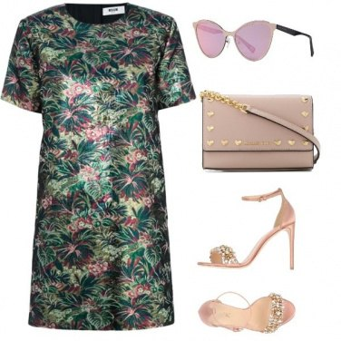 Outfit Rosa tropicale