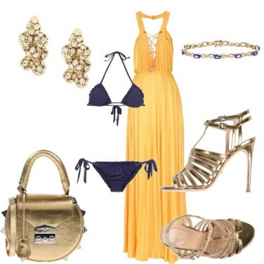 Outfit Party chic in piscina