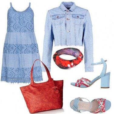 Outfit Azzurro e rosso ciliegia