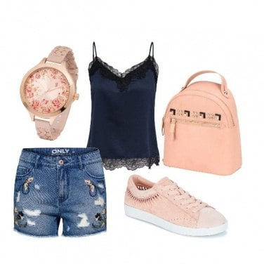 Outfit BASIC canotta e shorts