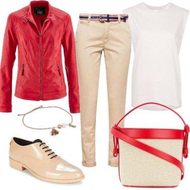 Outfit Tocchi di rosso e scarpe mannish