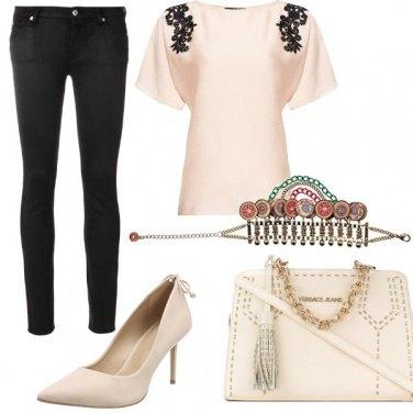 Outfit La scarpa col fiocchetto