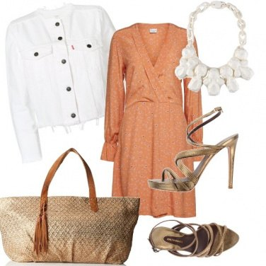 Outfit Bianco e bronzo