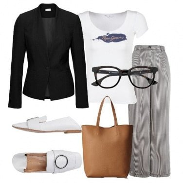 Outfit Trendy e comoda in ufficio