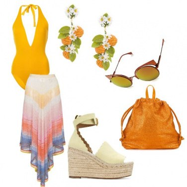 Outfit Luminosa in spiaggia