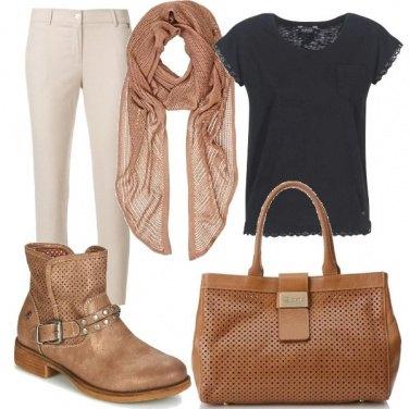 Outfit Gli accessori traforati