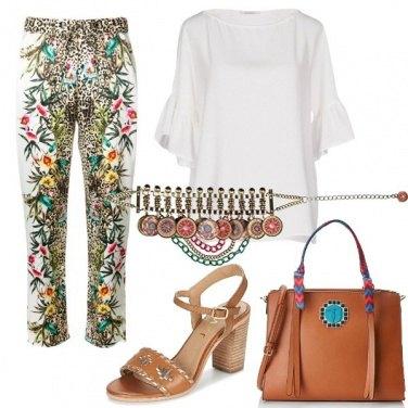 Outfit Etnico e colorato