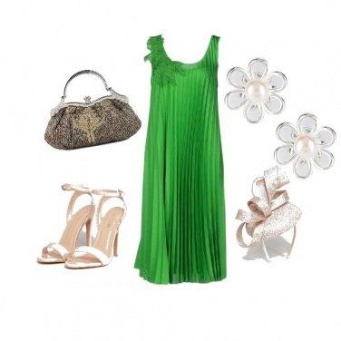 Outfit CMPS Cerimonia verde prato