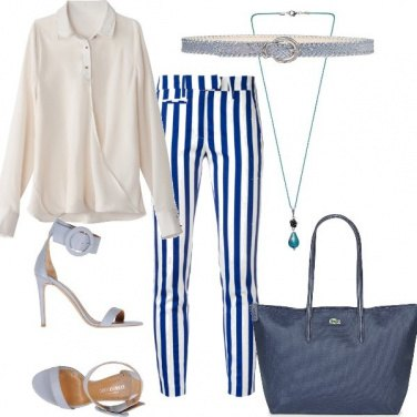 Outfit Righe blu