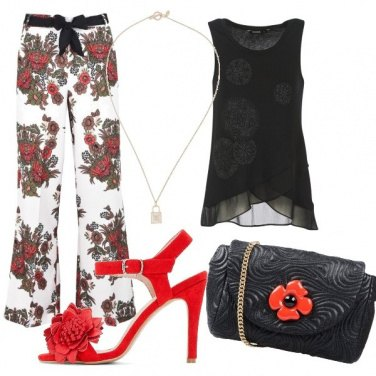 Outfit Nero e fiori rossi