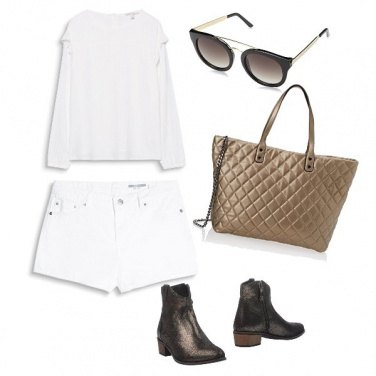 Outfit In White..