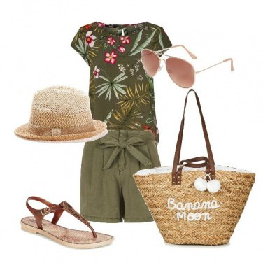 Outfit Beach style