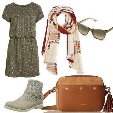 Outfit Colori caldi e freddi insieme