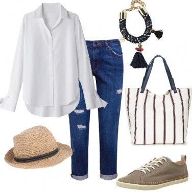 Outfit I jeans e la camicia rubati a LUI