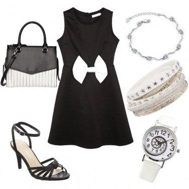 Outfit Vestito con fiocco