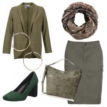 Outfit Green in ufficio