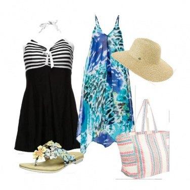 Outfit Futura mamma al mare