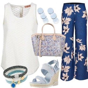 Outfit Motivi floreali