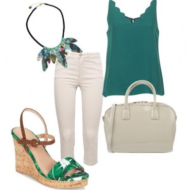 Outfit Verde e bianco