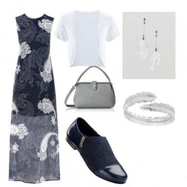 Outfit Lungo con semplicità