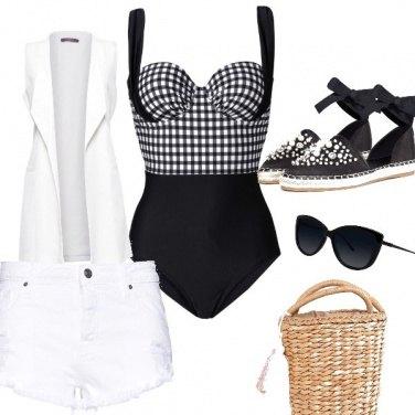 Outfit Andiamo al mare!
