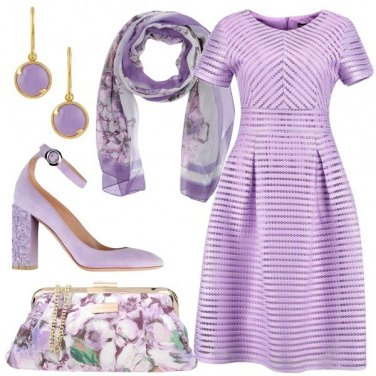 Outfit Lilla floreale