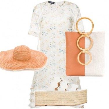 Outfit Passeggiata lungo mare