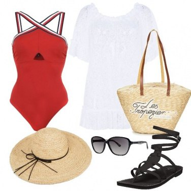 Outfit In piscina con stile