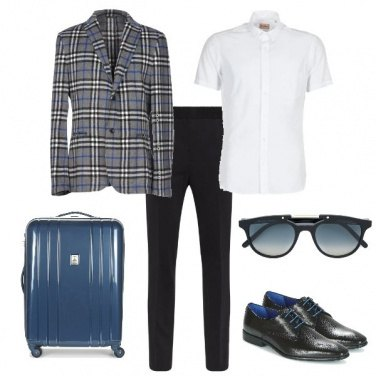 Outfit Traveling with Class